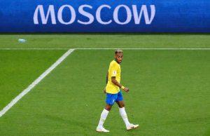 Gary Neville: Neymar lakukan kesalahan di Piala Dunia kali ini