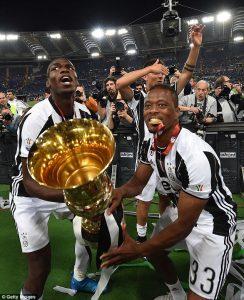 Diminati Juventus, Evra Dukung Ronaldo Gabung Ke Turin