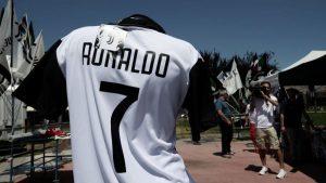 Ronaldo Datang, Cuadraro Rela Kehilangan Nomor 7 Di Juventus